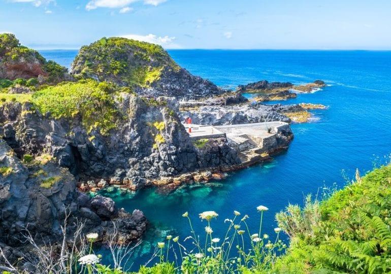 Tauchen zwischen den Seebergen auf den Azoren