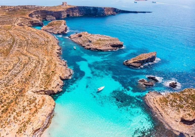 Unterwasserparadies im kristallklaren Wasser auf Malta