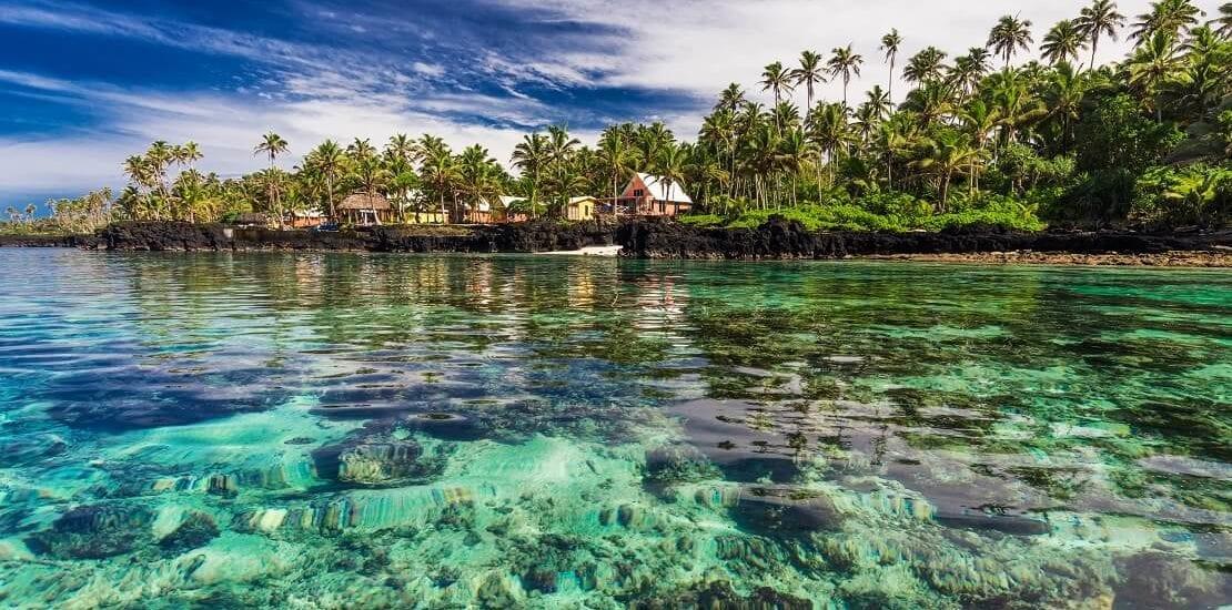 Zwischen bunten Korallen bei den Fidschi-Inseln tauchen