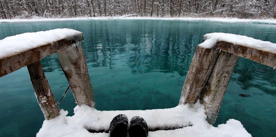 Die richtige Ausrüstung für den Tauchgang im Winter