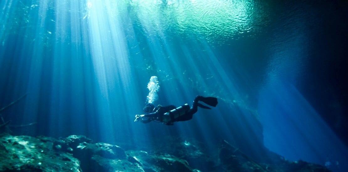 Kontrollierte Atmung unter Wasser