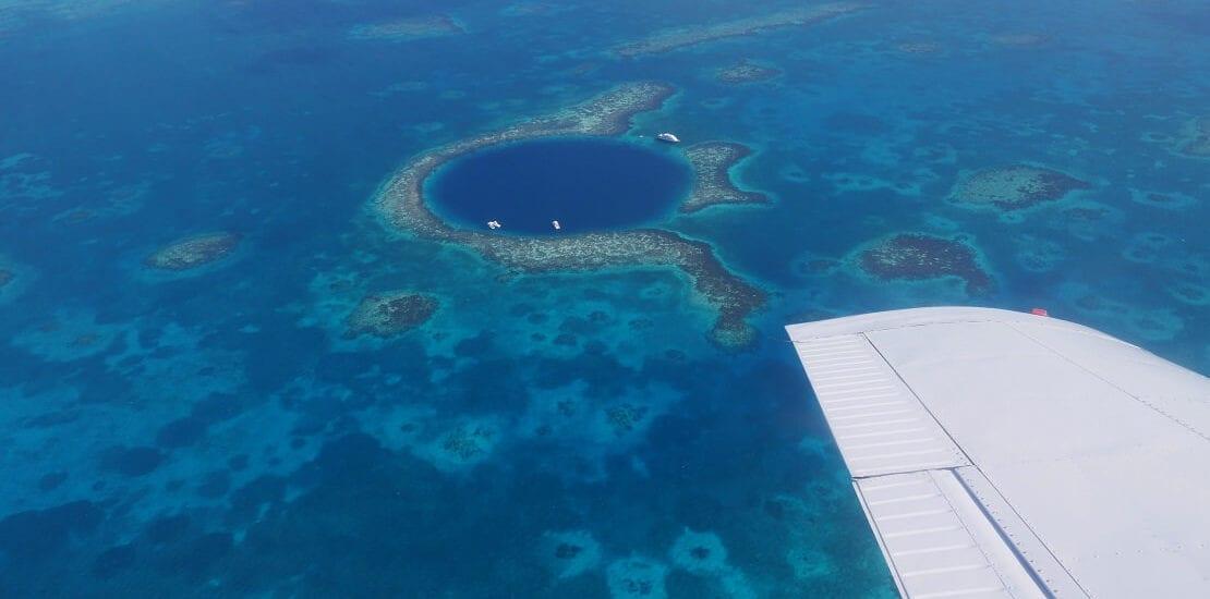Great Blue Hole: Abtauchen in die Tiefen der Karibik