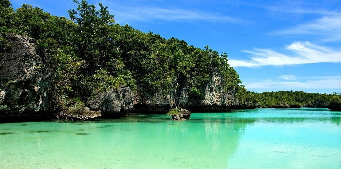 Tauchen in den naturbelassenen Gewässern bei den Molukken