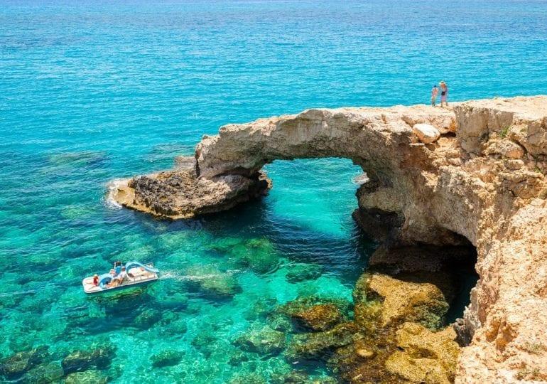 Zypern: Meeresschildkröten entdecken und Wracks betauchen