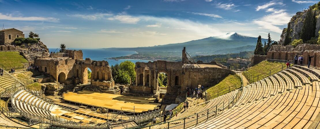 Taormina auf Sizilien: Tauchen im Schatten des Ätna