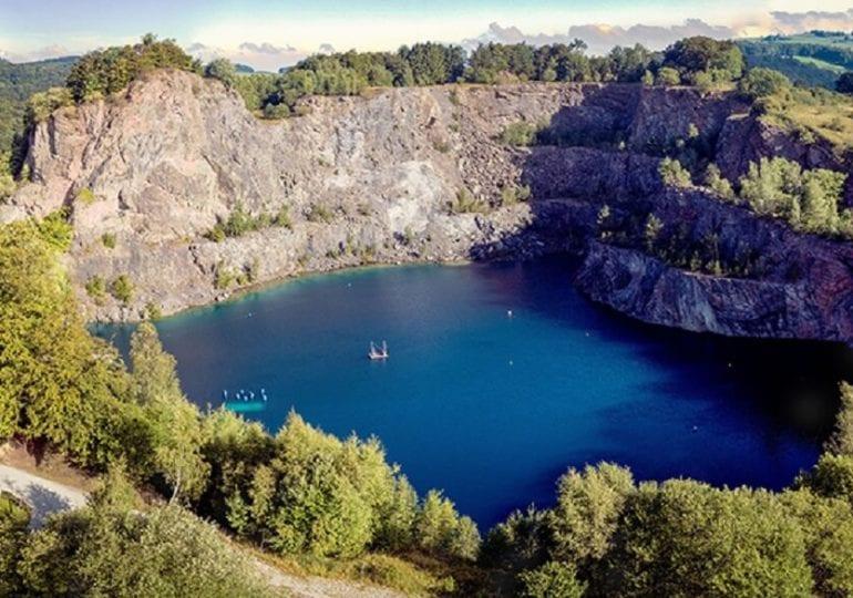 """Steinbruch unter Wasser: Der """"See im Berg"""" bei Brilon"""