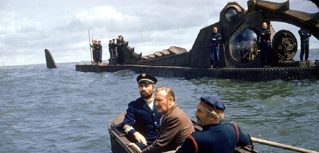 Aronnax, Conseil, Land in einem Boot vor der Nautilus
