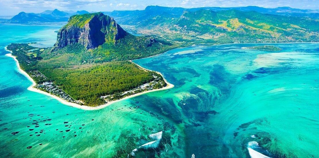 Mauritius: Umgeben von reichhaltigen Korallenriffen