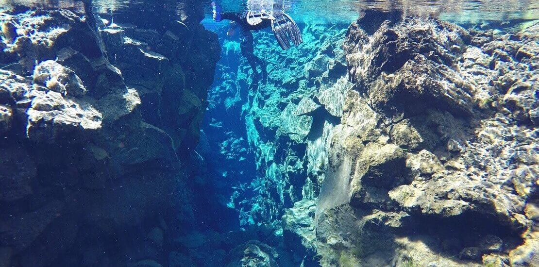 Island: Zwischen zwei Kontinenten in der Silfra-Spalte