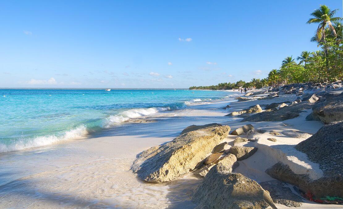 Der weiße Strand von Isla Catalina