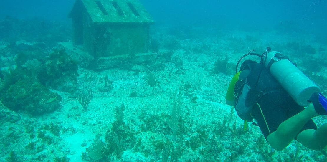 Mexiko: Kunstvolle Skulpturen im Unterwassermuseum MUSA