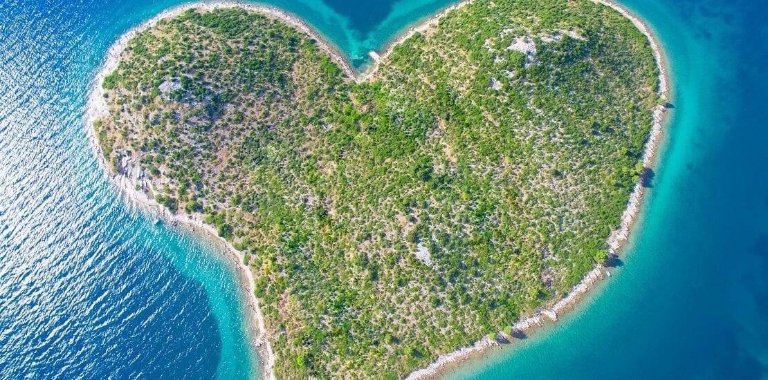 """Jetzt wird's romantisch: Tauchen vor der """"Insel der Liebe"""""""