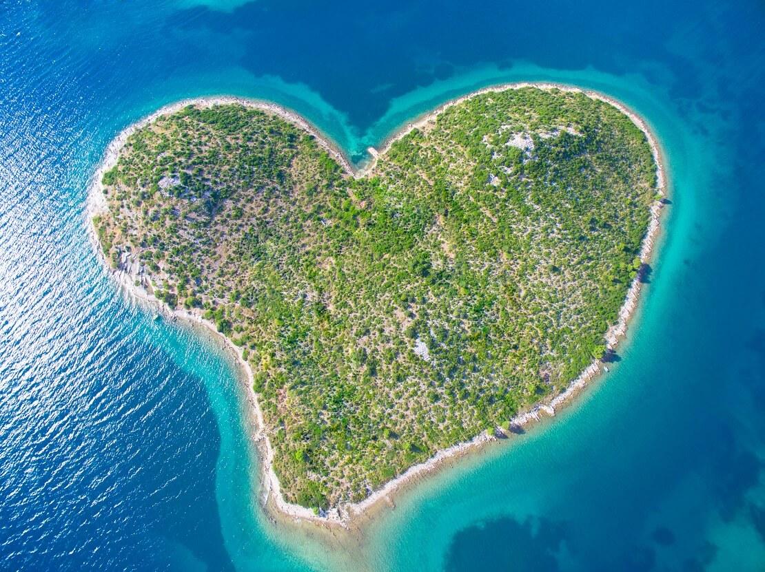 Die herzförmige Insel Galešnjak