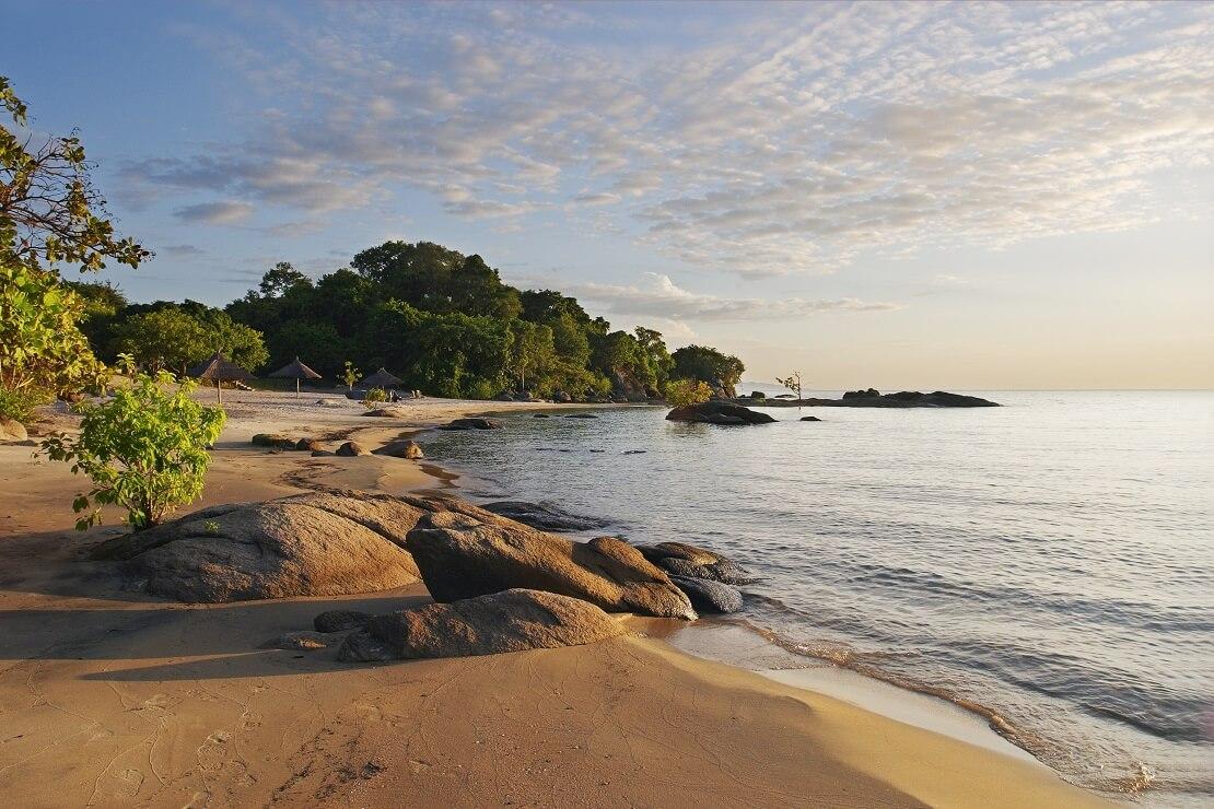 Der Strand des Malawisees
