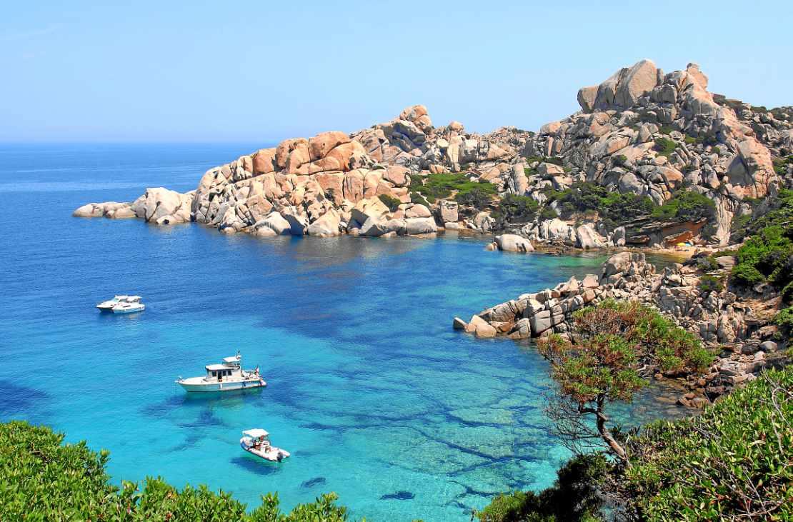 Tauchen auf der Insel Sardinien – Farbenfrohe Unterwasserwelt im Mittelmeer